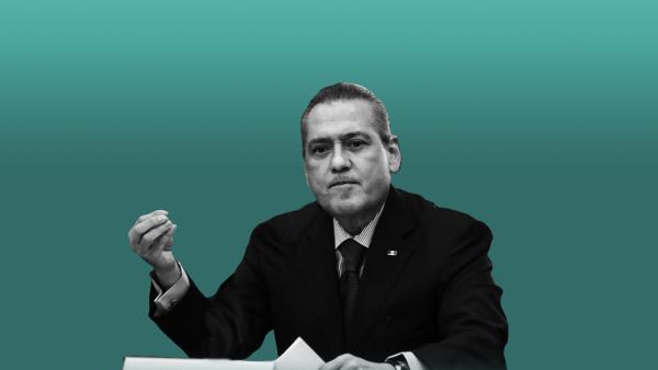 El priista presentó su renuncia como presidente nacional del tricolor ante la Comisión Política Permanente.