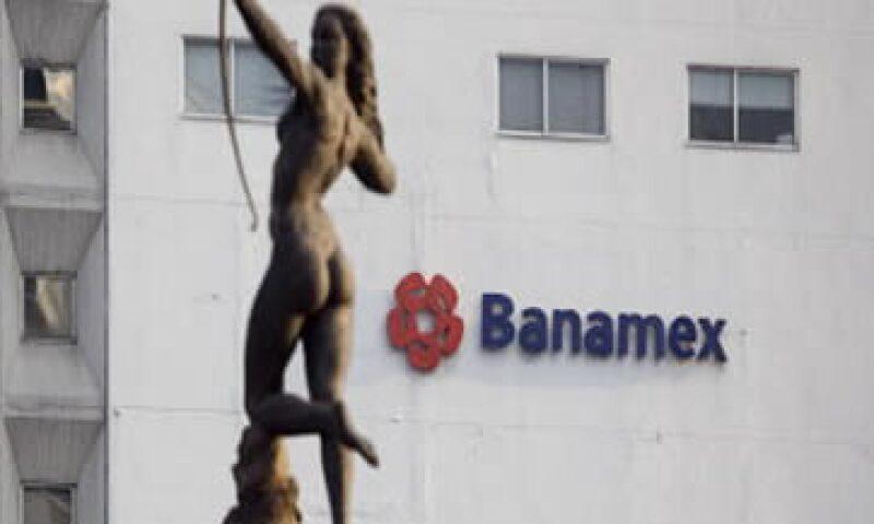 Banamex lideró la lista de los bancos multados por la CNBV por segundo mes consecutivo. (Foto: Archivo)