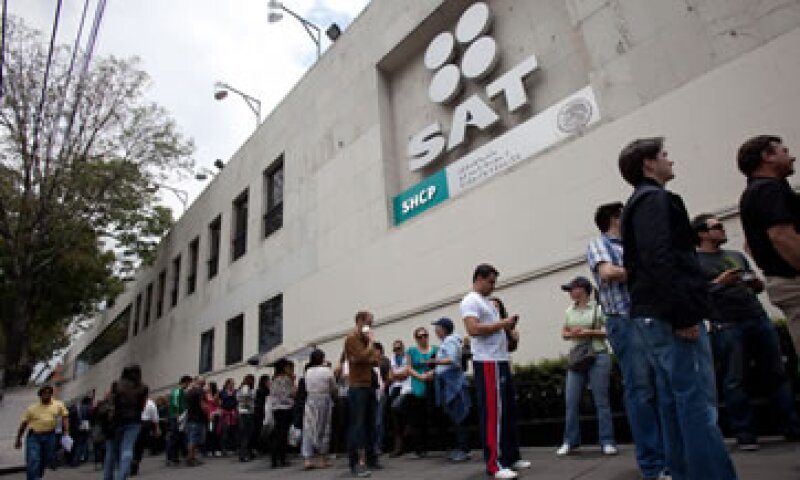 A junio de 2013, el SAT alcanzó un total de 39.48 millones de contribuyentes activos. (Foto: Cuartoscuro)