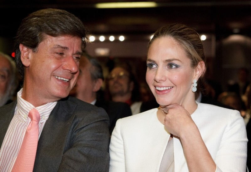 Con su ex esposo Cayetano.