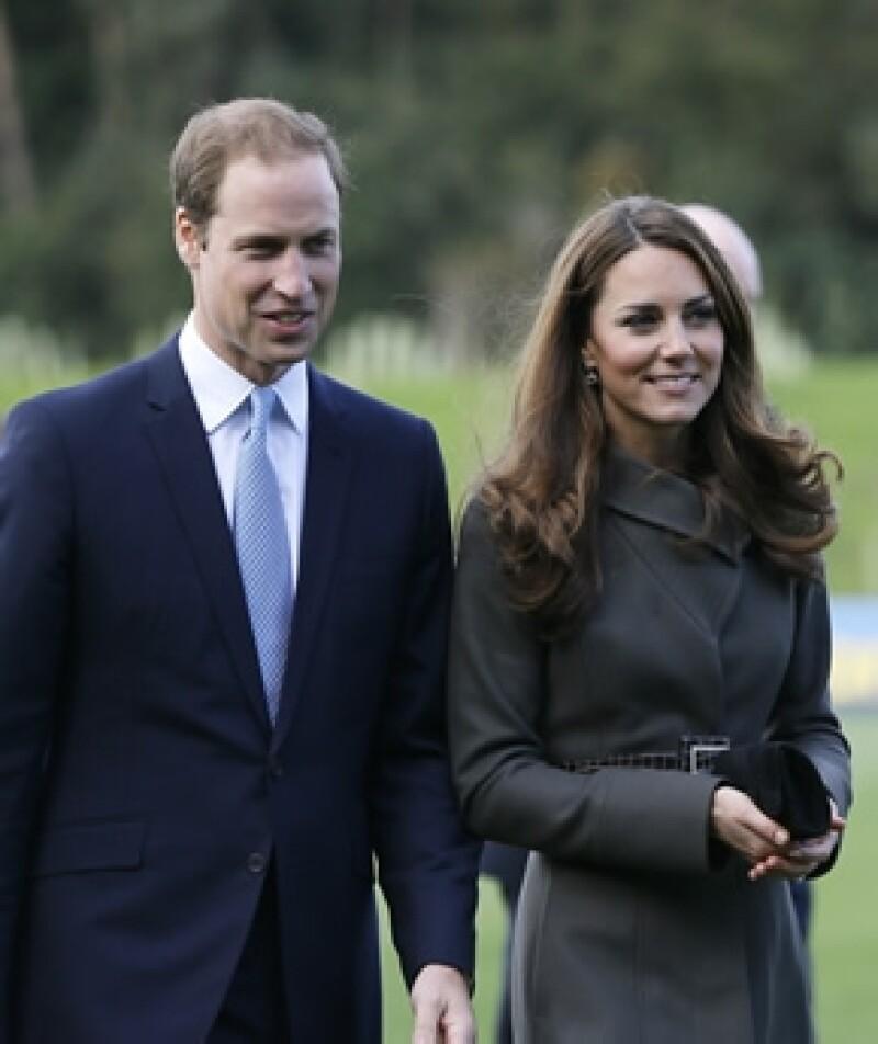 Con la recién confirmada noticia del embarazo de los Duques de Cambridge ahora la pregunta obligada es ¿deberán traer al mundo a un varón para que pueda ser heredero?
