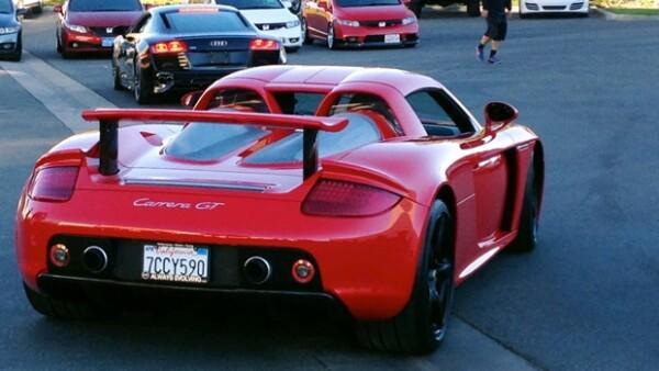 A diez días del accidente, se dieron a conocer una serie de imágenes en las que se observa al actor californiano y a su amigo Roger Rodas abordo del Porsche Carrera GT en el que perdieron la vida.