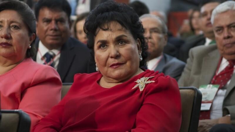 La actriz Carmen Salinas durante la toma de protesta de los candidatos a diputados federales del PRI