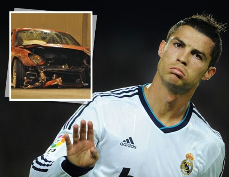 El lujoso automóvil puede ser adquirido por cualquier persona que cuente con 50 mil euros y un poco más para reparar todo el daño que el futbolista le hizo en 2009.