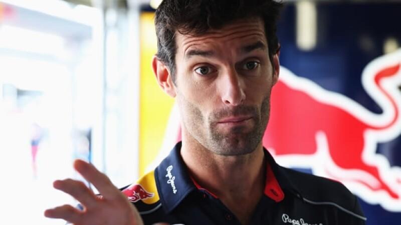 Mark Webber corre para Red Bull