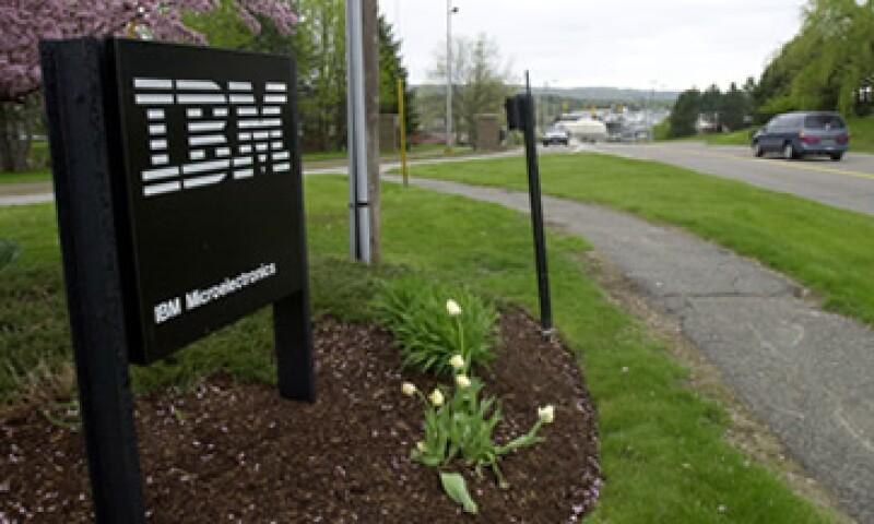 Los ingresos de IBM cayeron un 1% a 29,300 millones de dólares. .  (Foto: AP)