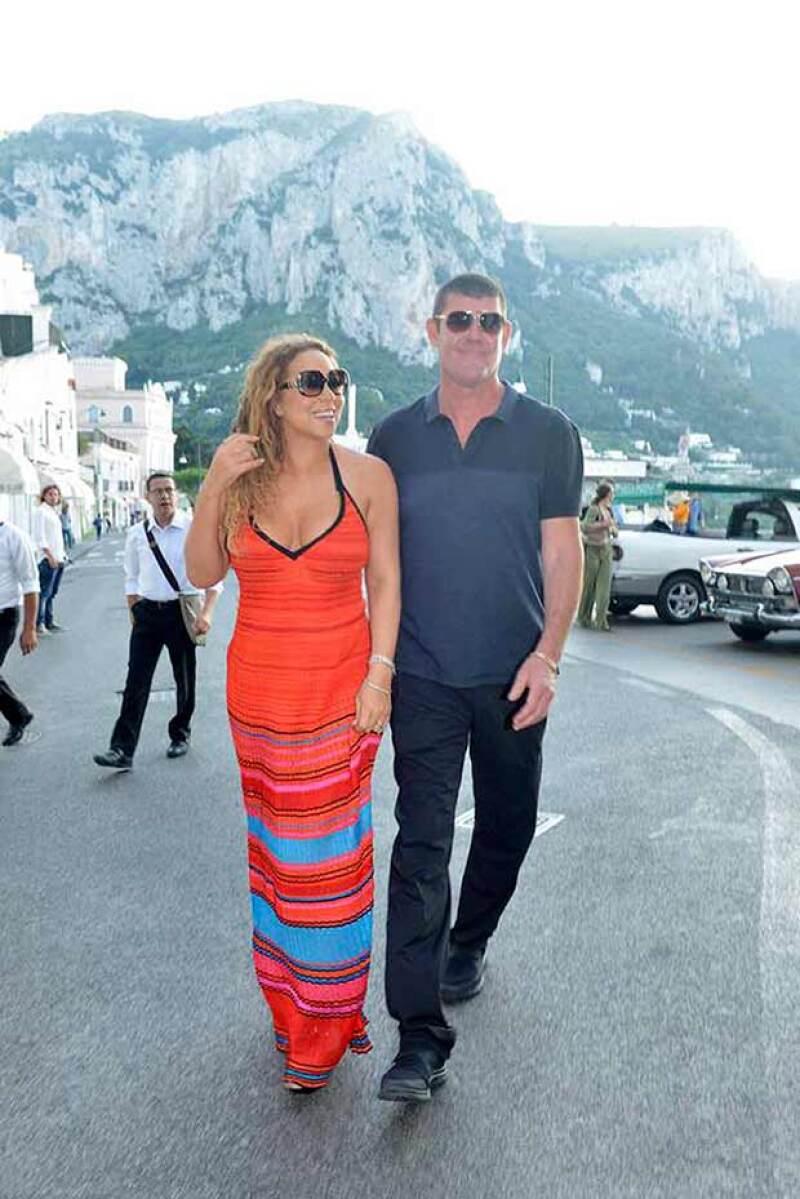 La pareja paseo por Capri, como parte de sus exclusivas vacaciones.