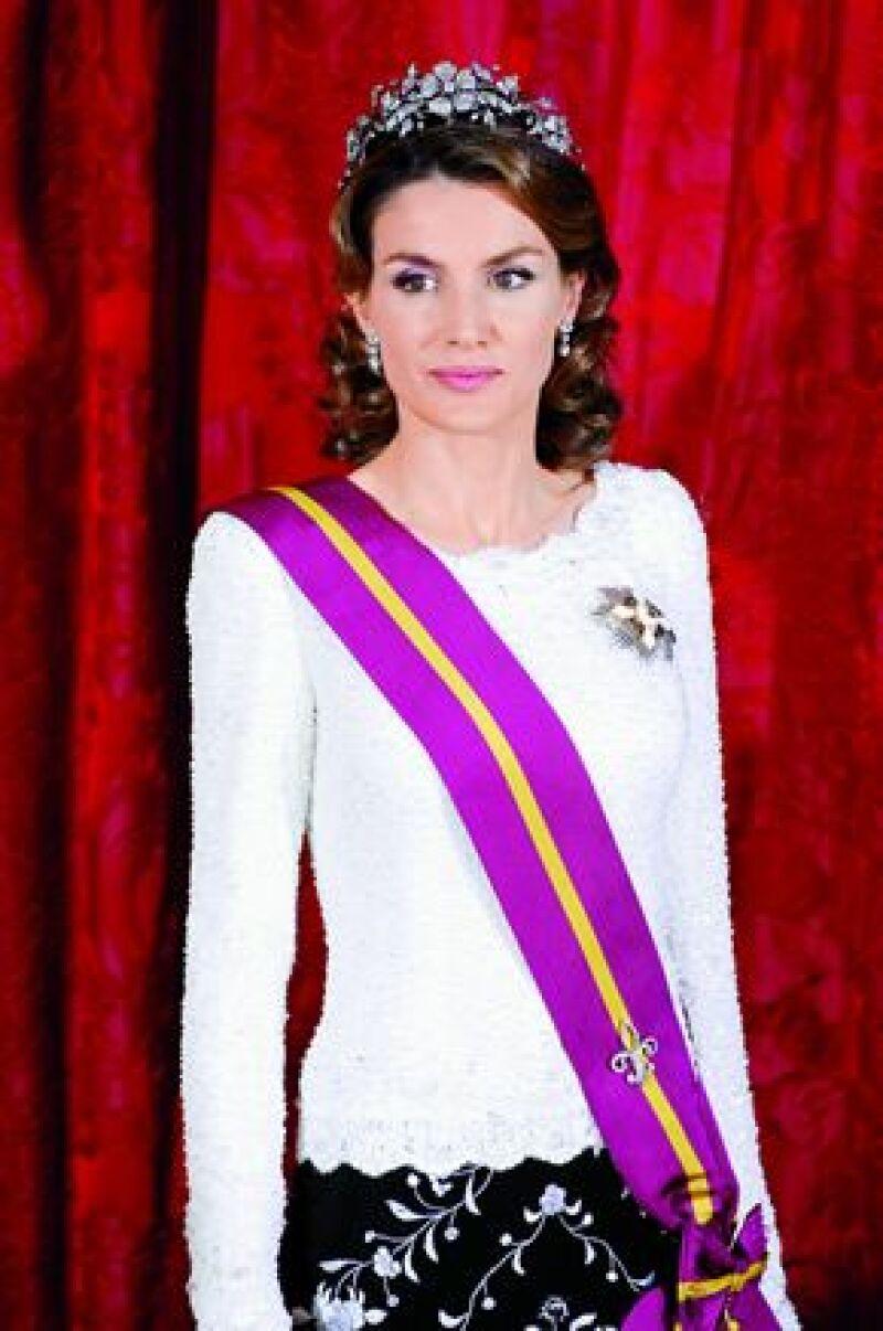 La española Geli del Valle asegura ser prima segunda de la princesa Letizia y en un programa  pidió su ayuda, pues dice, no tiene qué comer.