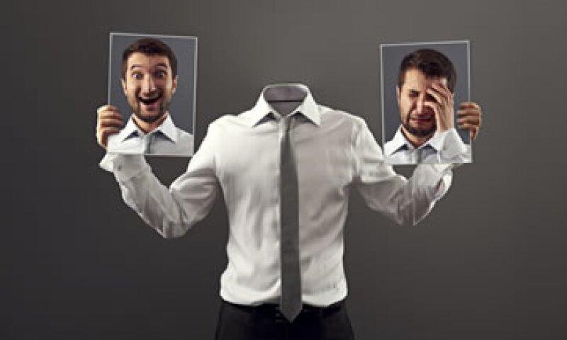 Los extrovertidos tienen una parte oscura: son malos oyentes y les gusta estar por encima de todos para conseguir reconocimiento social. (Foto: iStock by Getty Images)