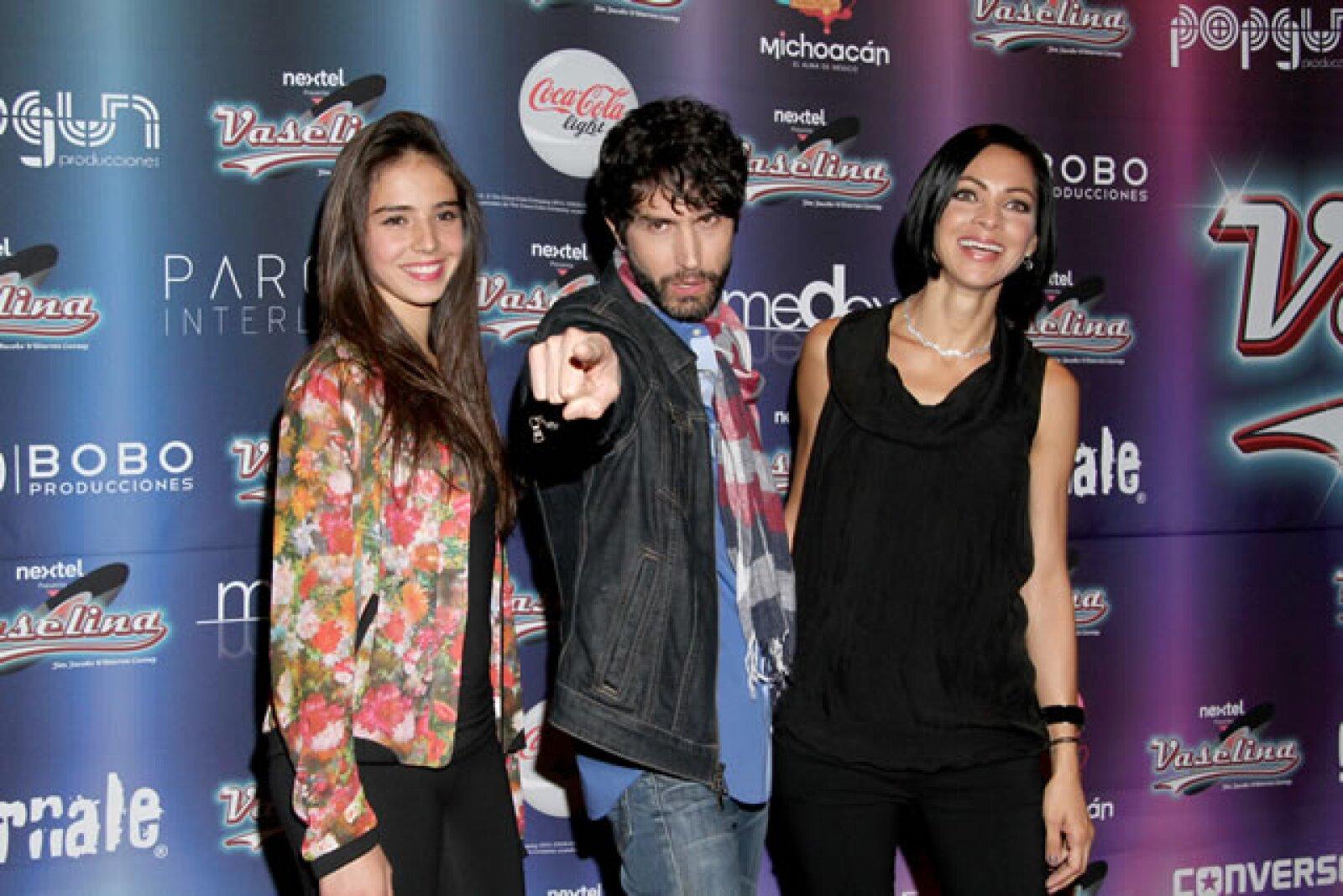 María, Benny y Celina.