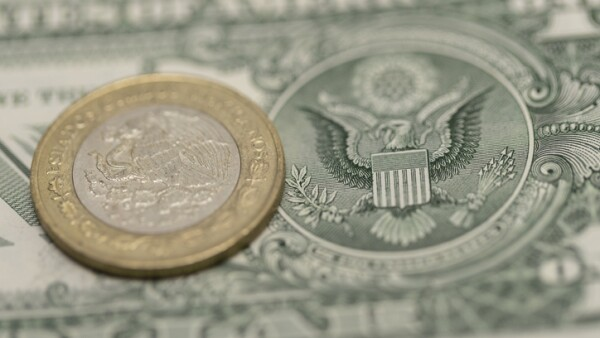 Mexican Peso and US Dollars