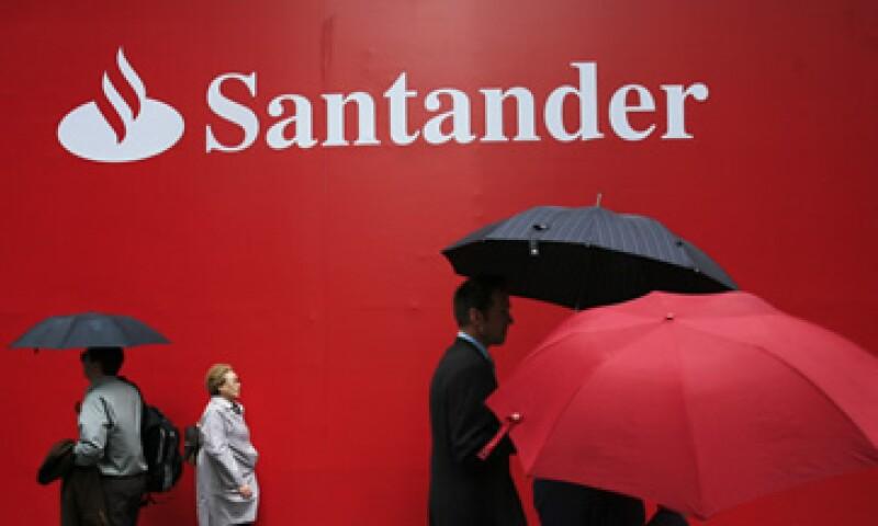 El banco indicó que mantiene su programa para hacer una OPI en su unidad mexicana.   (Foto: AP)