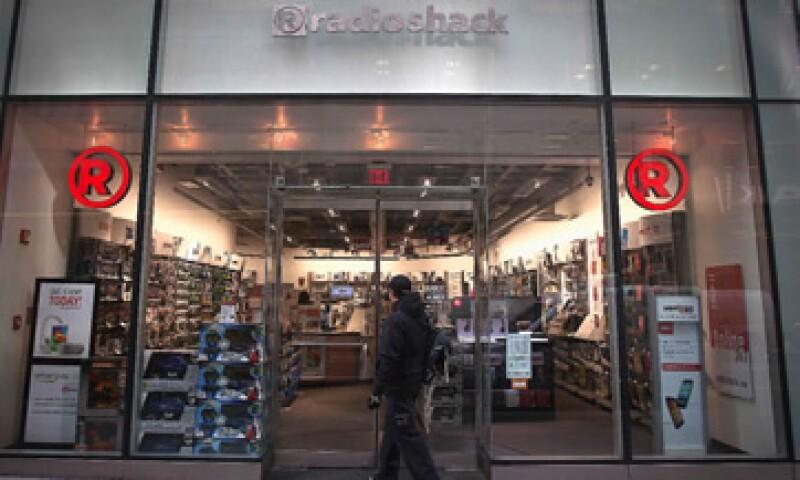 Sprint estaría interesada en un traspaso de las tiendas de la electrónica. (Foto: Reuters )