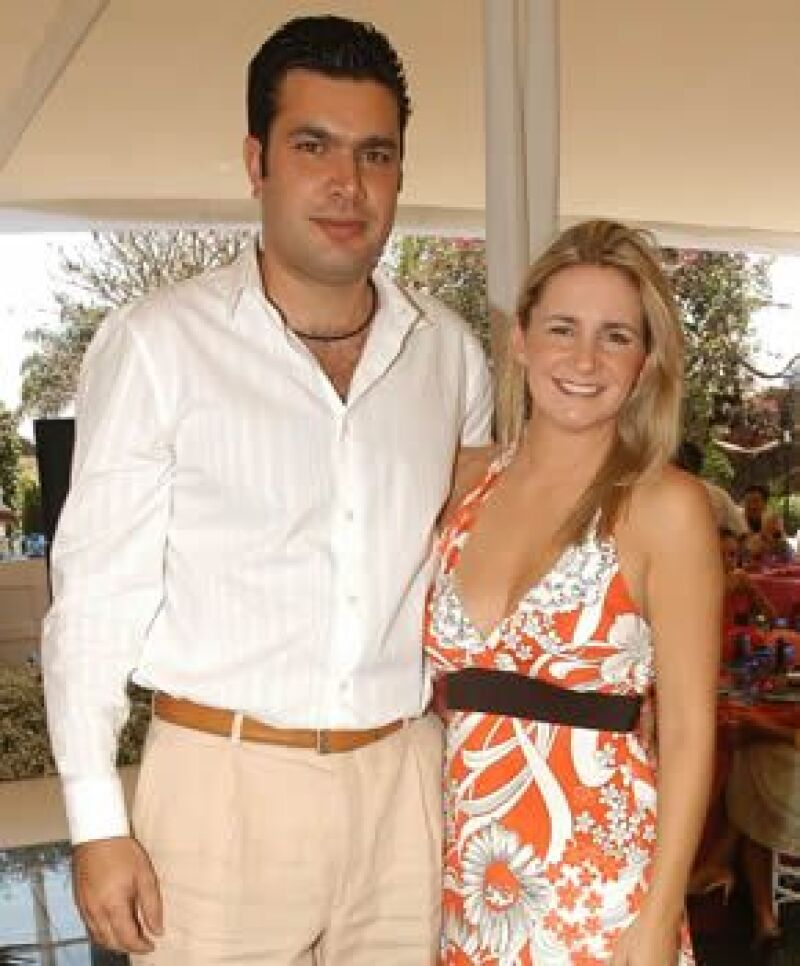 Su novio, Juan Quiroga, le propuso matrimonio después de casi dos años de noviazgo.