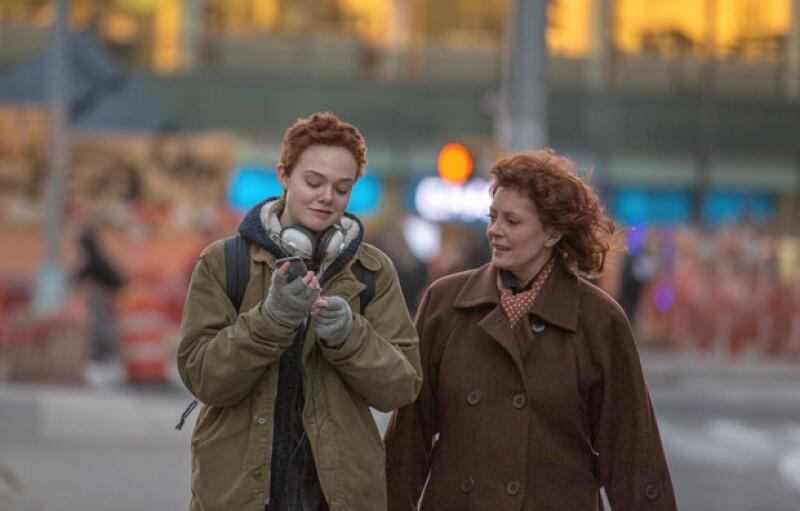 Susan Sarandon interpreta a una abuela que acompaña a su nieta en su cambio de género.