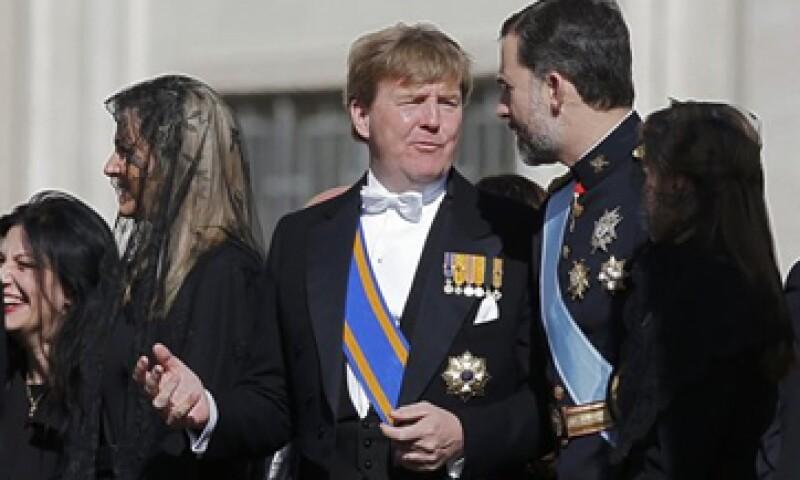 El príncipe Guillermo Alejandro ganará más que el presidente federal de Alemania, Joachim Gauck, que recibe 199,000 euros.  (Foto: Reuters)