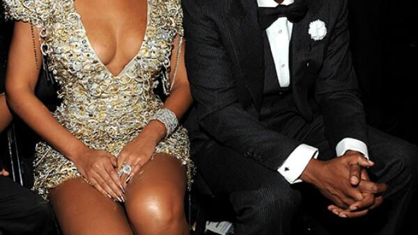 Como parte de los festejos del día del amor y la amistad, la pareja ganó una encuesta por internet, que los coronó como la pareja más poderosa del 2013.