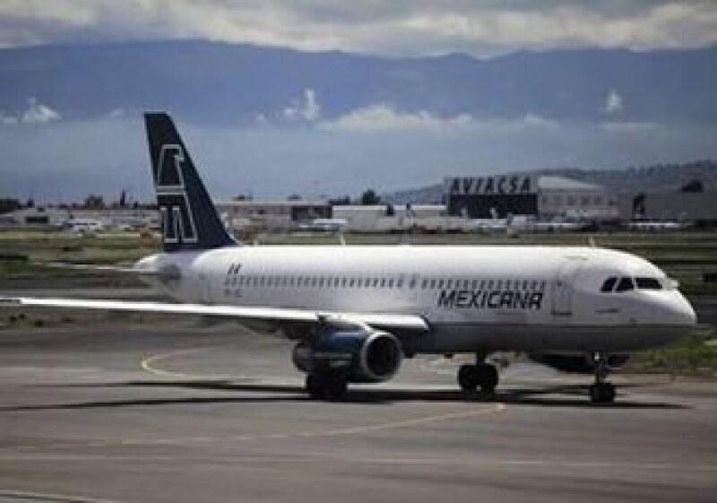 Mexicana debe más de 180 mdp a los 3 grupos aeroportuarios. (Foto: Reuters)