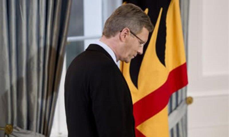Merkel dijo que buscaría consenso entre los partidos para encontrar al sustituto de Christian Wulff. (Foto: AP)