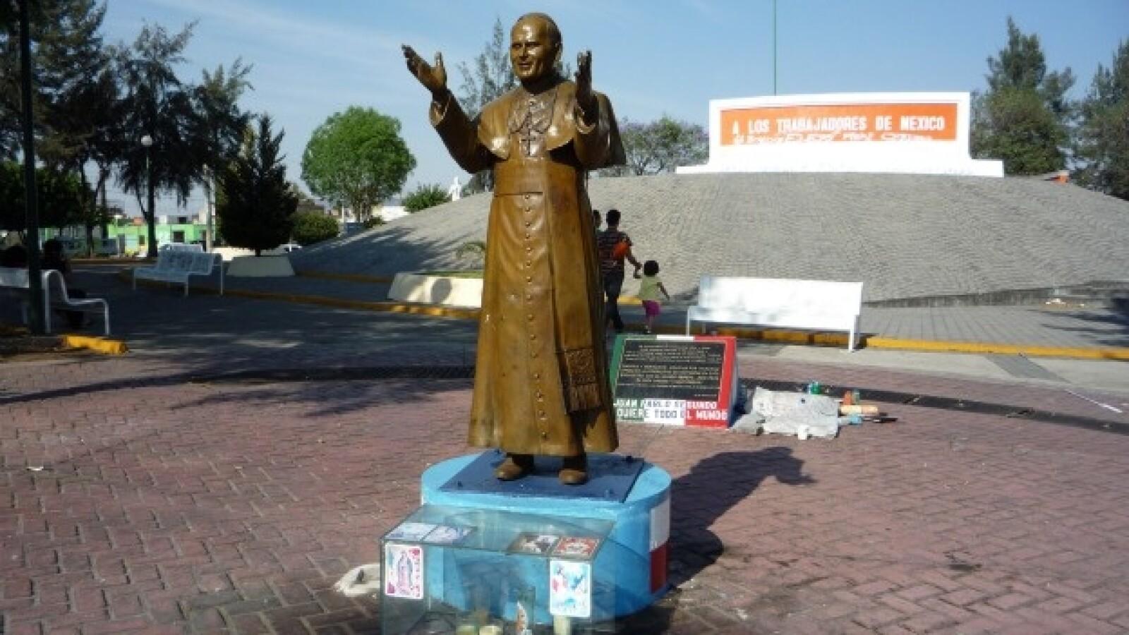 monumento al Papa Juan Pablo II
