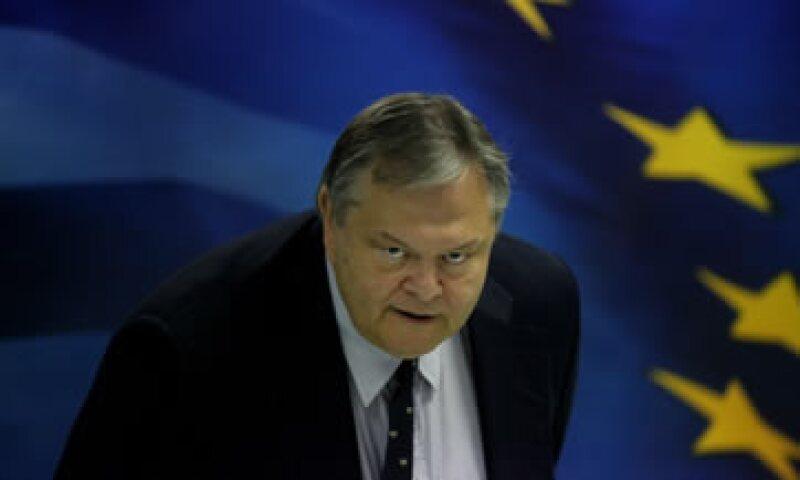 Evangelos Venizelos pidió notar la profunda recesión para entender la divergencia en previsiones entre Europa, el FMI y el BCE. (Foto: AP)