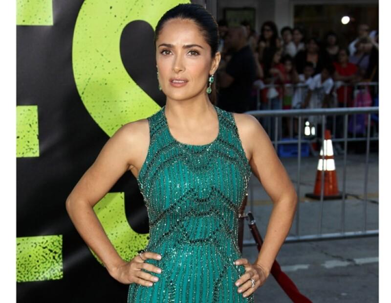 La actriz mexicana declaró que esa sería la mejor manera de controlar su venta y evitar tanta violencia.