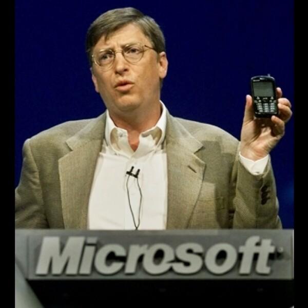 historia celulares Bill Gates COMDEX Convention Las Vegas 2000