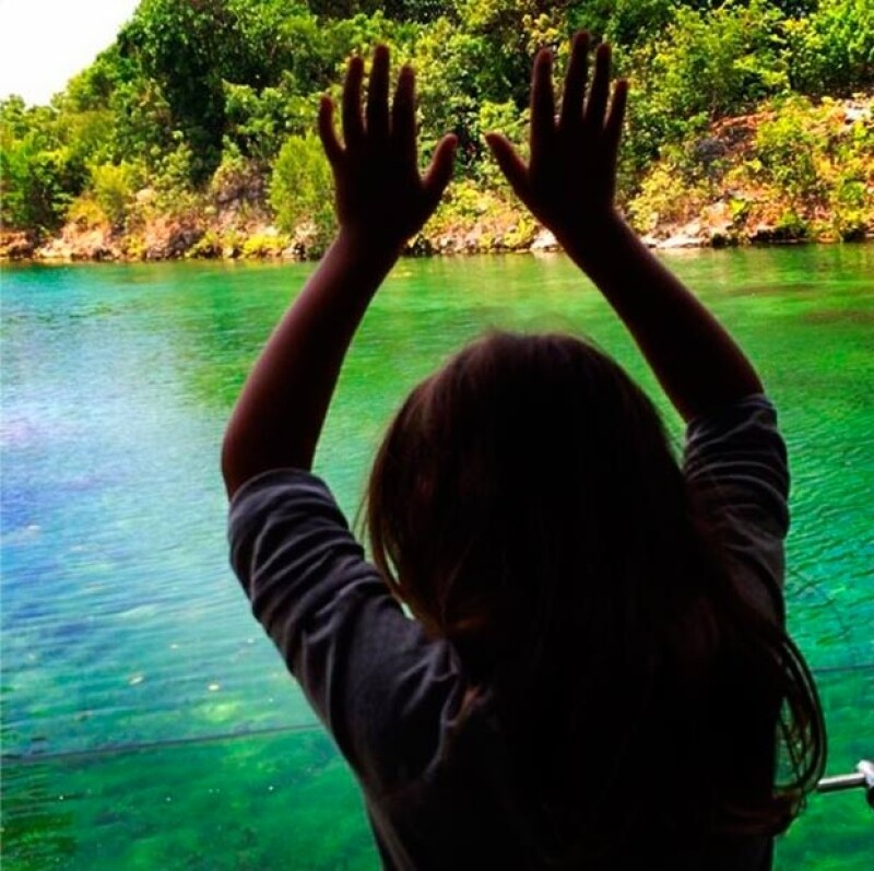 Cash Warren compartió emocionado una foto de su hija Honor al llegar a nuestro país.
