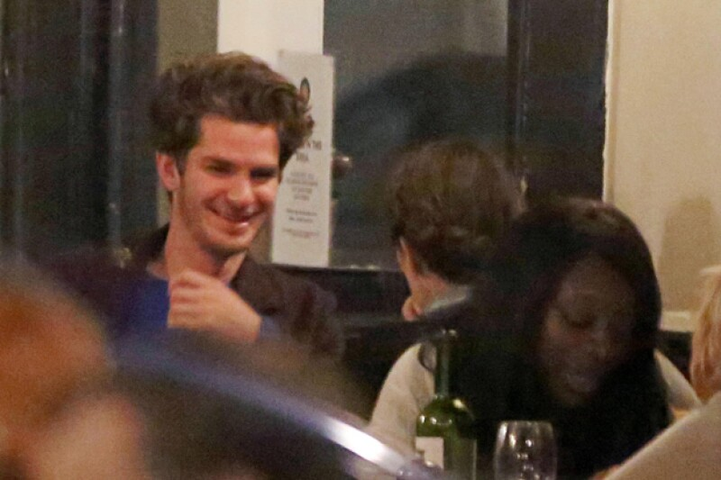 El actor no paró de sonreír en toda el tiempo que estuvo con esta mujer.