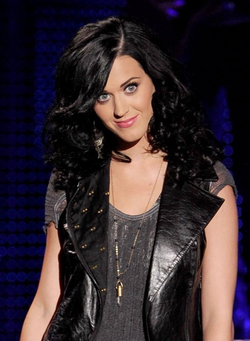 Tras su divorcio de Russell Brand, Katy Perry salió con John Mayer pero tampoco prosperó la relación.