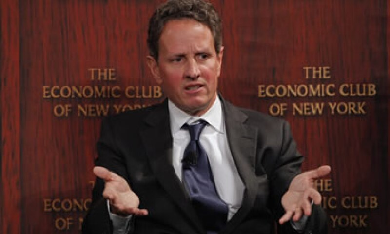 Geithner destacó que el país afronta para finales del 2012 una expiración de los recortes impositivos junto a recortes de gastos. (Foto: Reuters)