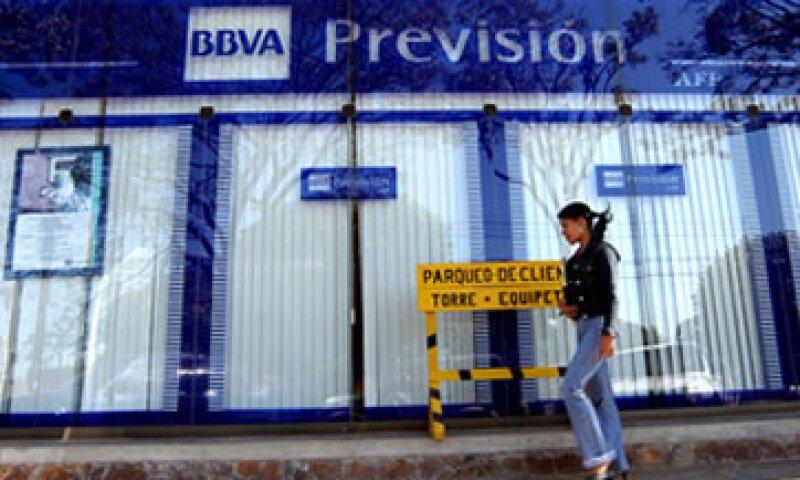 BBVA mantendría un nivel de capital superior al 9.0% que exigen las autoridades. (Foto: AP)