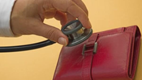 La aseguradora requiere 2,000 mdd para saldar una deuda. (Foto: Archivo)