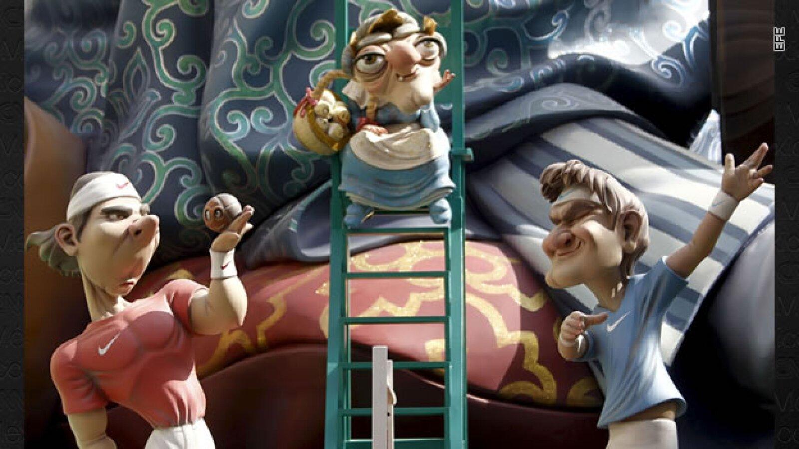 Caricaturas de cartón satirizan la realidad española y mundial en Valencia