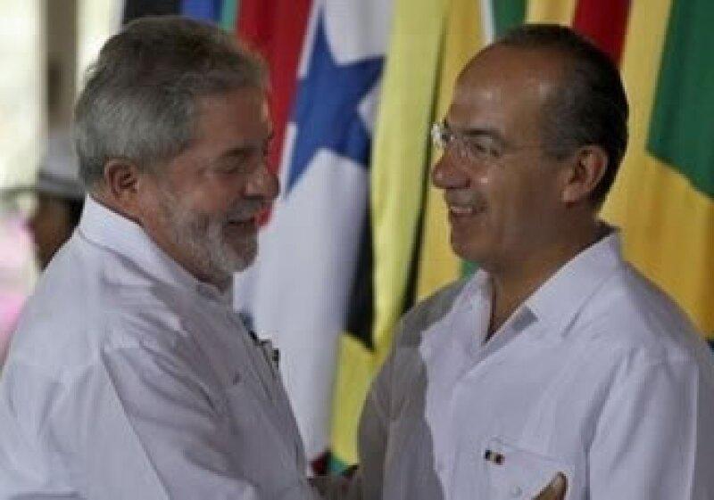 Los mandatarios de México y Brasil no descartaron evaluar un tratado comercial. (Foto: AP)