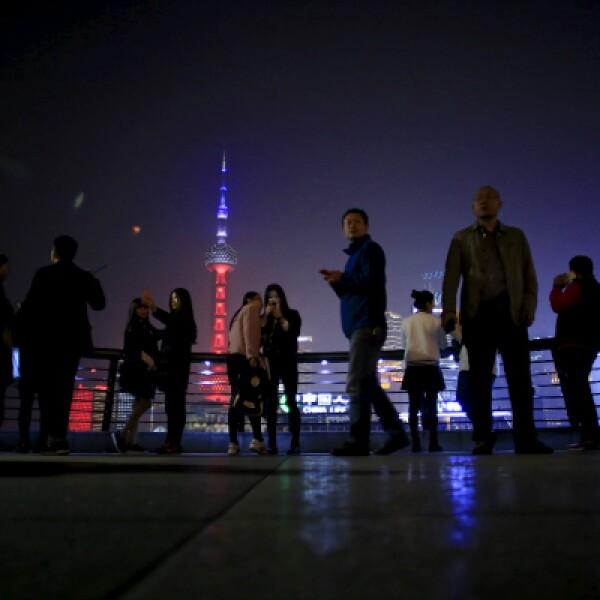 La torre de Oriental Pearl TV en la ciudad china. Los ataques fueron reivindicados por el grupo terrorista ISIS.