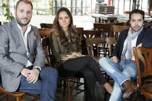 Víctor y Alejandra Martínez, socios fundadores de Arte Careyes con Alejandro Bracho CEO de Makken.