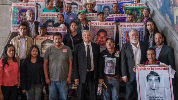 Reunión. El presidente López Obrador y Alejandro Encinas se reunieron con padres de  normalistas.
