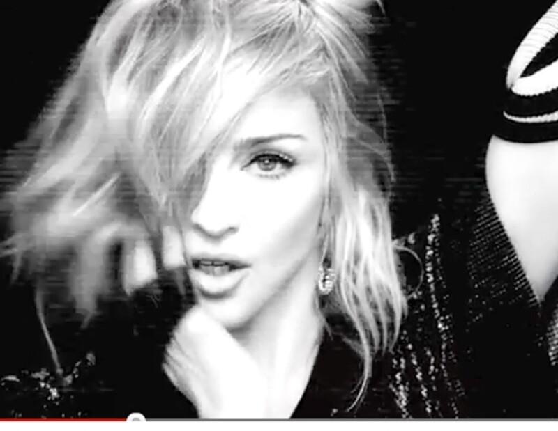 """El clip original  del tema """"Girl Gone Wild"""" fue retirado de Youtube, por poseer """"escenas con alto contenido sexual""""."""