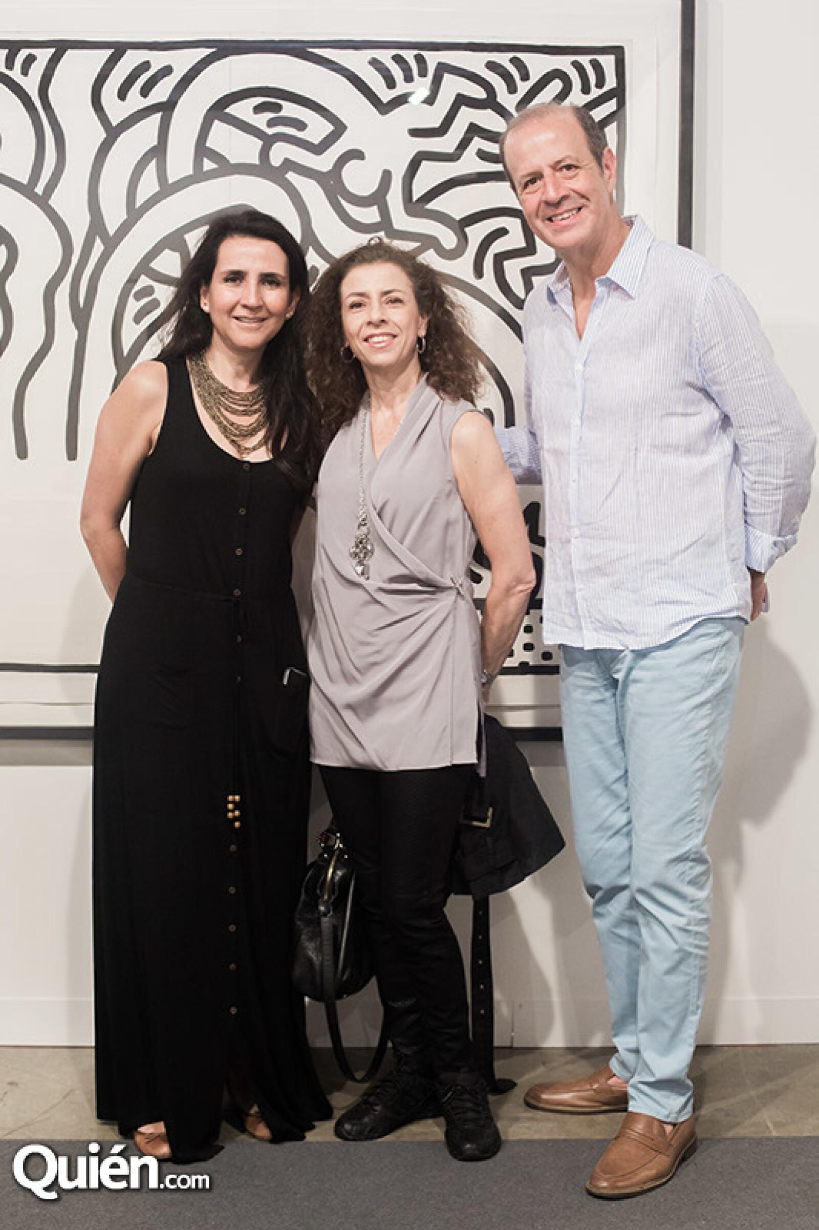 Grabriela Gómez,Malena Salvoch y Mario Alarcón