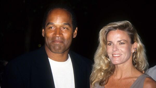 """El famoso &#39&#39caso O.J. Simpson&#39&#39 revive luego de 20 años del homicido de su esposa y amigo, y es que ahora el tema """"cobra vida"""" tras nueva evidencia encontrada en ex casa del ex jugador de americano."""