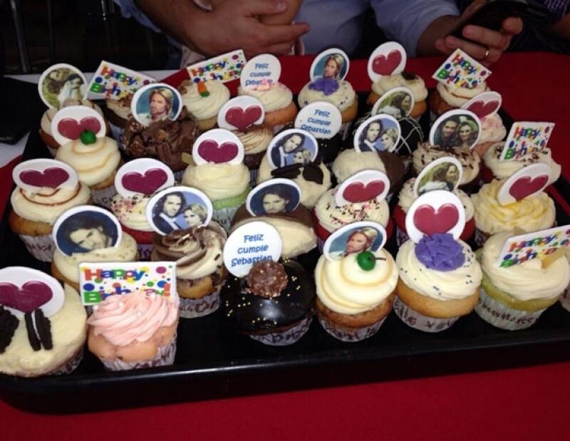 Cupcakes con fotografías del fetejado.