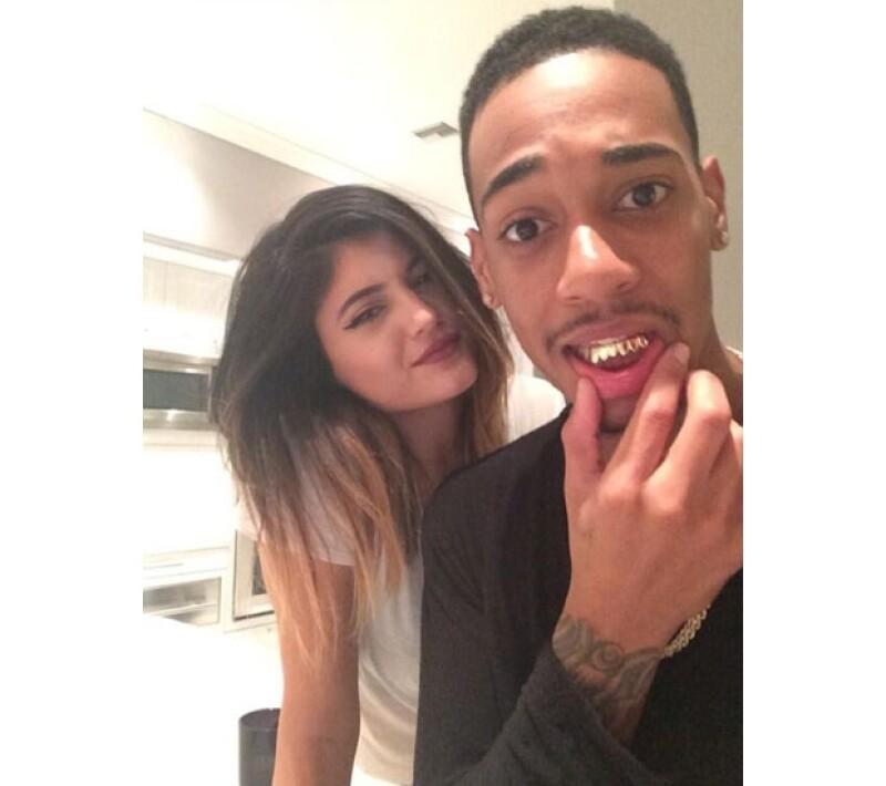 """El rapero """"Lil Za"""" quien fue arrestado en casa del cantante en una ocasión, publicó fotos en su cuenta de Instagram a lado de la socialité, llamándola: """"Mejor amiga""""."""