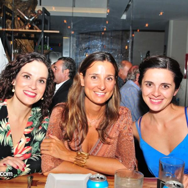 Elena Hurtado,Sara Macias y Paloma Serendipia