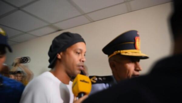 La Fiscalía rechazó el pedido de libertad ambulatoria o arresto domiciliario. El arresto se realizó luego de encontrar al exjugador portando un pasaporte paraguayo adulterado.