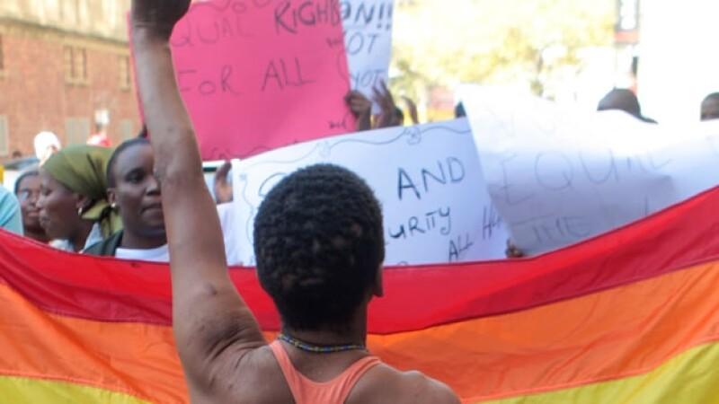 Protesta por condenas a homosexuales