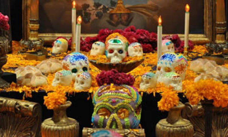 En Día de Muertos, los mexicanos gastarán en promedio 460 pesos en elementos tradicionales. (Foto: Notimex )