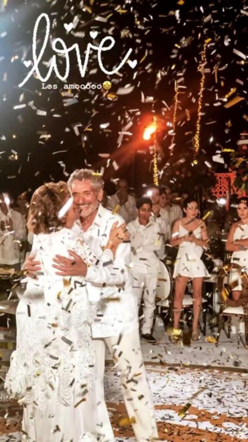 Felipe Calderón en bodas de oro de papás de Mouriño 7.jpg