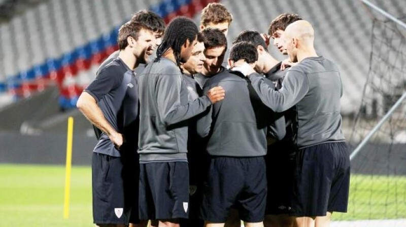 Athletic Bilbao's players train before their Europa League soccer match against Olympique Lyon at the Gerland stadium in Lyon