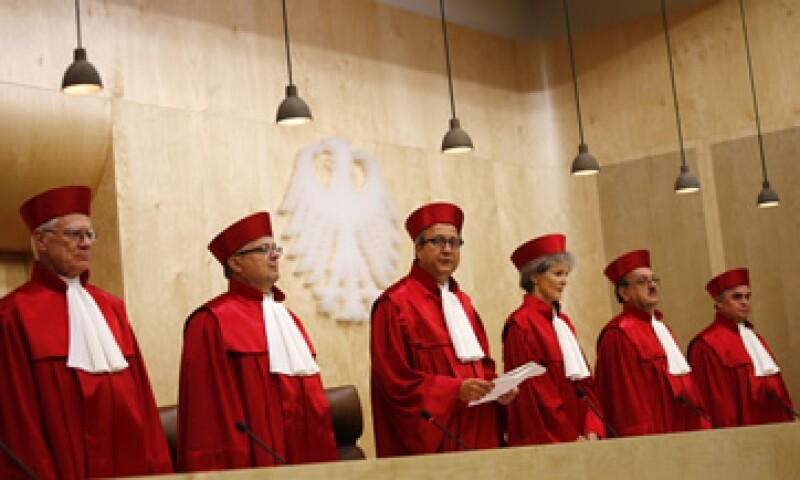 El tribunal dictaminó que una mayor integración de la Unión Europea no viola las leyes básicas de Alemania. (Foto: Reuters)